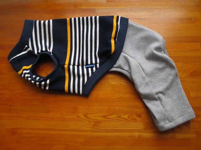 画像1: 袖なしシャツ+半ズボン