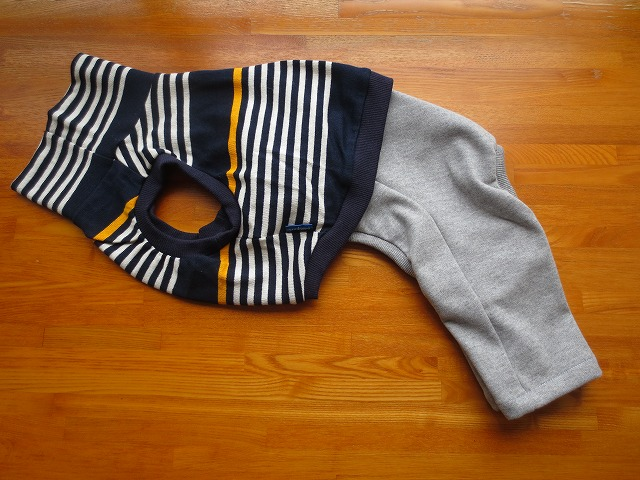 画像1: ハイネック袖なしシャツ+半ズボン